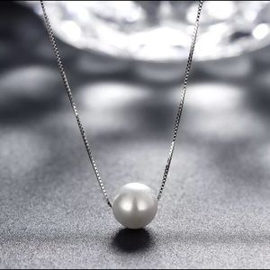 🌷Beautiful 925 Freshwater White Pearl Necklace🌷